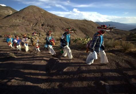 Peregrinación a Wirikuta en 2012. Foto: desinformemonos.org
